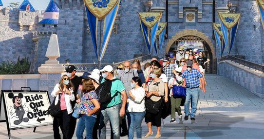 Democrats Line Up For Disneyland Ride That Doesn't Work For Third Time