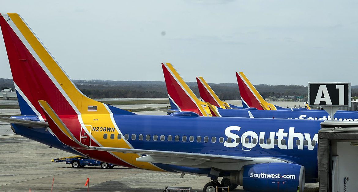 Airlines: 40% Of Staff Spontaneously Developed Fear Of Heights